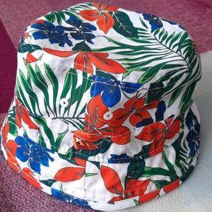 ⭐3/$30⭐ NEW ERA Tropical bucket hat
